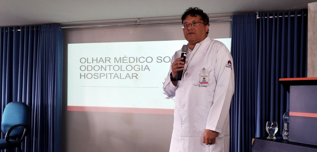Médico do HMV participou de Simpósio de Odontologia Hospitalar
